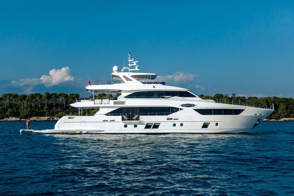 majesty-110 ft yacht
