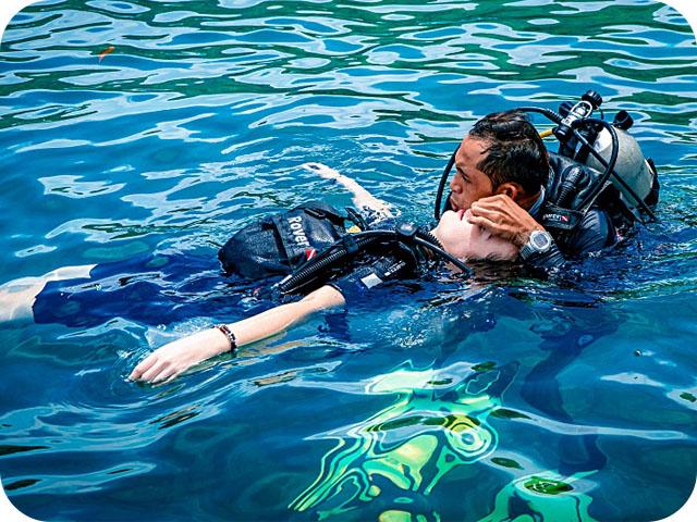 rescue_diver kuwait naui